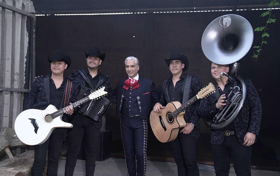 Alejandro Fernández y Calibre 50 están preparando música juntos
