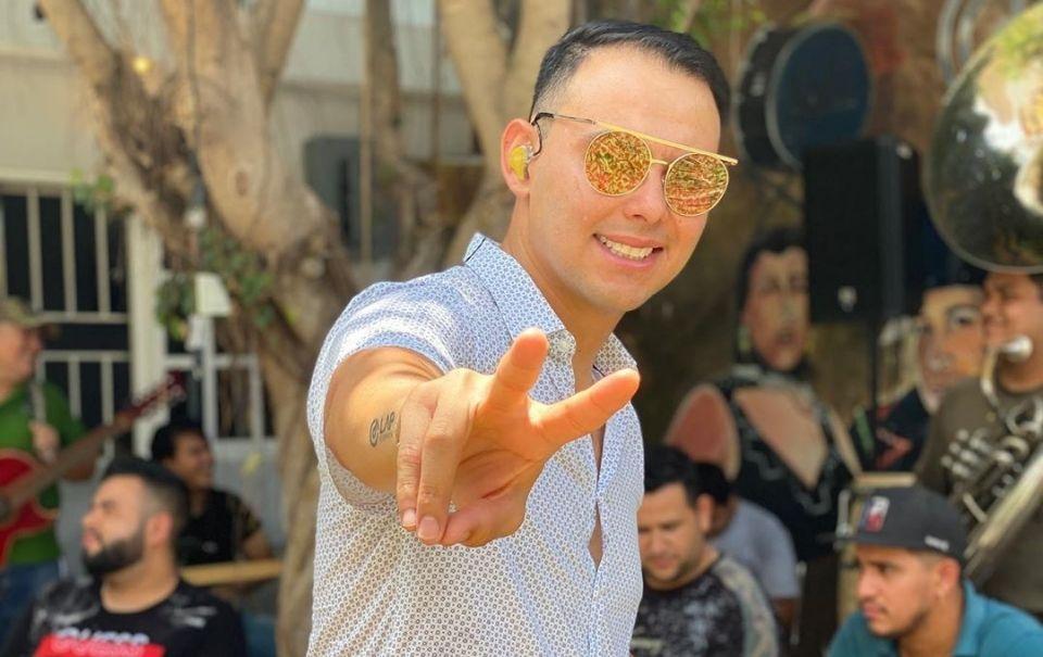 """El Yaki muestra nueva versión de """"Te Presumo"""""""