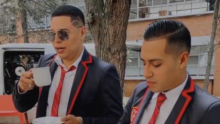Grupo Firme graba nuevo video musical al estilo de RBD