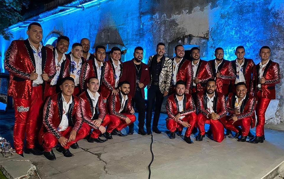 """El Flaco graba duetos con """"El Mimoso"""" y Banda Renovación"""