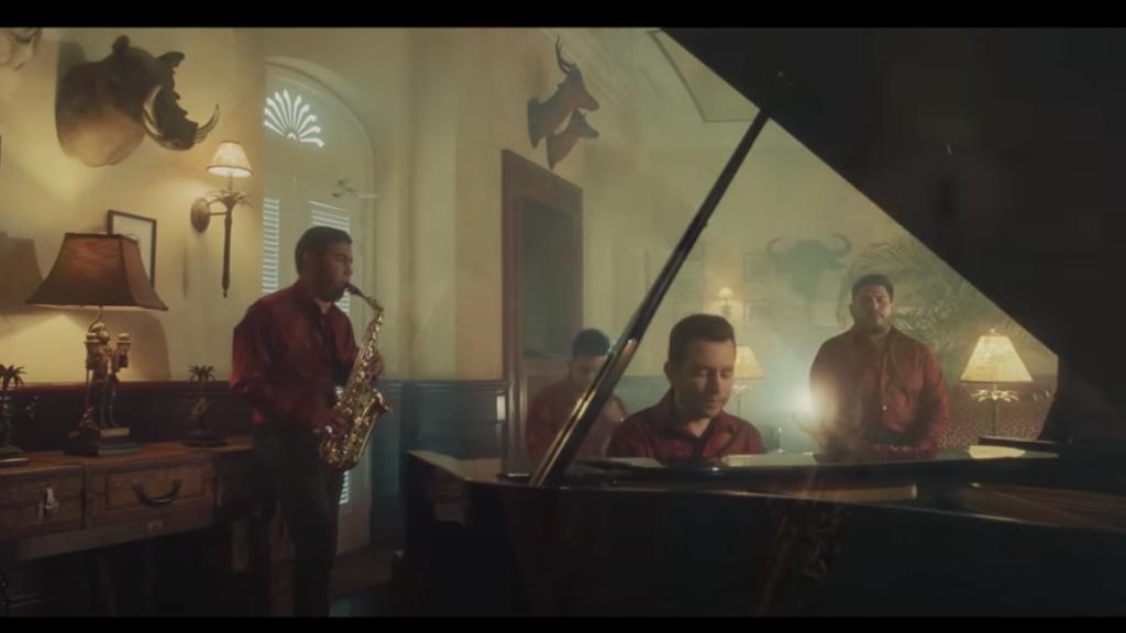 """La Adictiva sorprende con la versión acústica de """"Lo que nunca será"""""""
